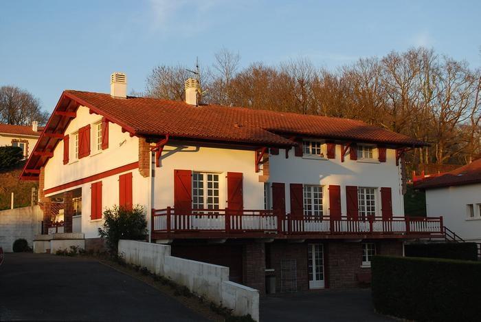 Location vacances Saint-Pée-sur-Nivelle -  Appartement - 4 personnes - Barbecue - Photo N° 1