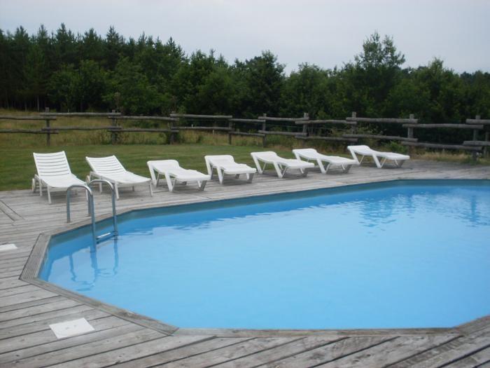 piscine et sanitaires