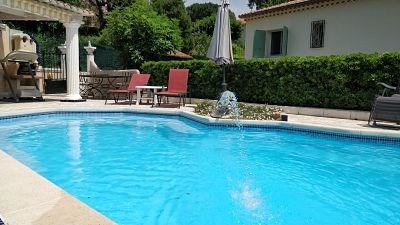 Location vacances Cavalaire-sur-Mer -  Appartement - 4 personnes - Chaise longue - Photo N° 1