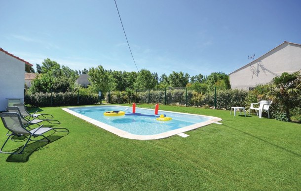 Location vacances Arles -  Appartement - 4 personnes - Barbecue - Photo N° 1