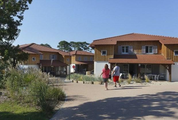 Location vacances Mimizan -  Maison - 4 personnes - Salon de jardin - Photo N° 1