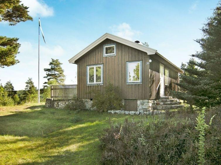 Maison pour 3 personnes à Hjälteby