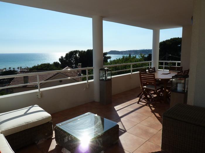 Location vacances Sanary-sur-Mer -  Appartement - 6 personnes - Chaise longue - Photo N° 1