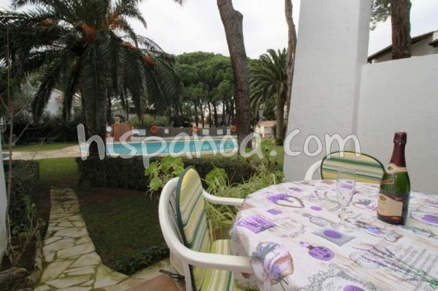 A louer appartement pour 4 personnes avec piscine commune à L'Escala |IJ11
