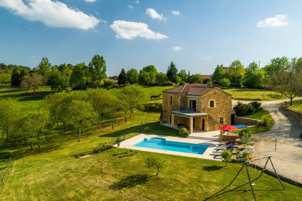 Location vacances Mazeyrolles -  Maison - 8 personnes - Barbecue - Photo N° 1