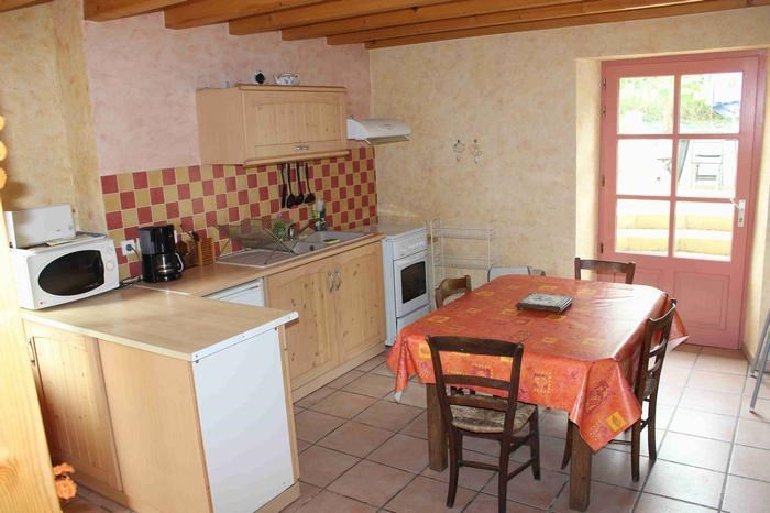 Holiday rentals Champagnac-de-Belair - House - 5 persons - Garden - Photo N° 1