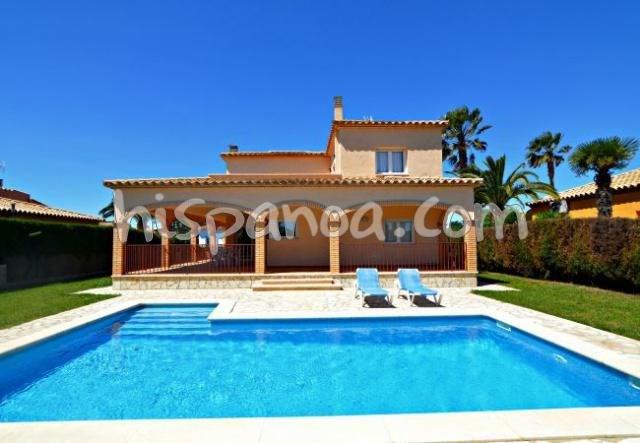 Cette villa de 206 m2 sur la Costa Brava confort