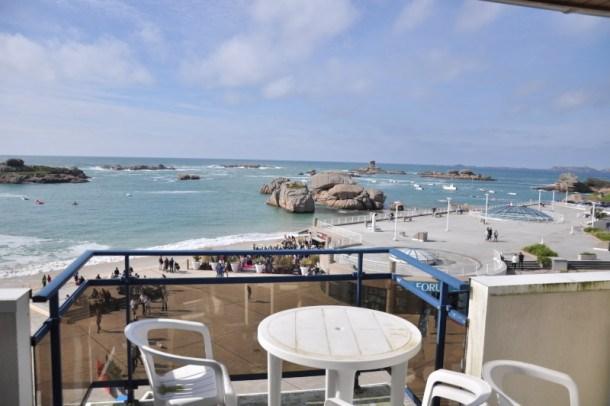Appartement avec vue exceptionnelle sur mer, face au Coz Pors à TREGASTEL