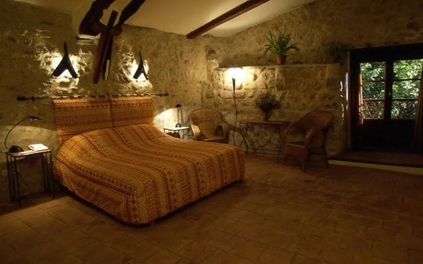 Chambre Ginesta 26m2 lit 180 ou 2X90 95€