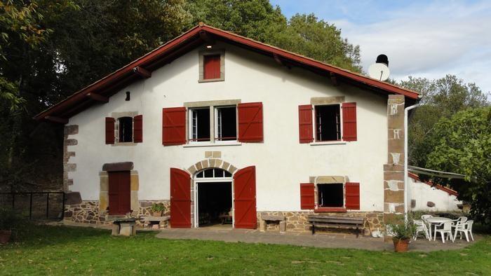 Location vacances Irouléguy -  Maison - 10 personnes - Barbecue - Photo N° 1