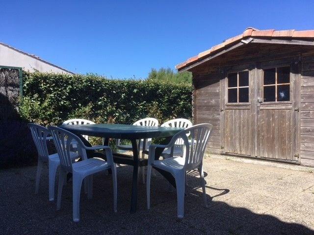 Location vacances La Tranche-sur-Mer -  Maison - 5 personnes - Salon de jardin - Photo N° 1