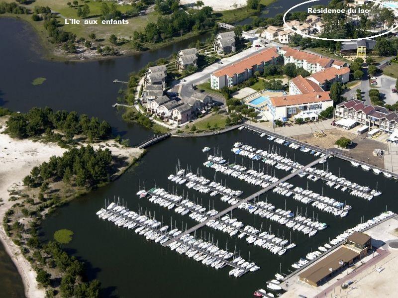 Vue aérienne Hourtin Port Résidence du Lac