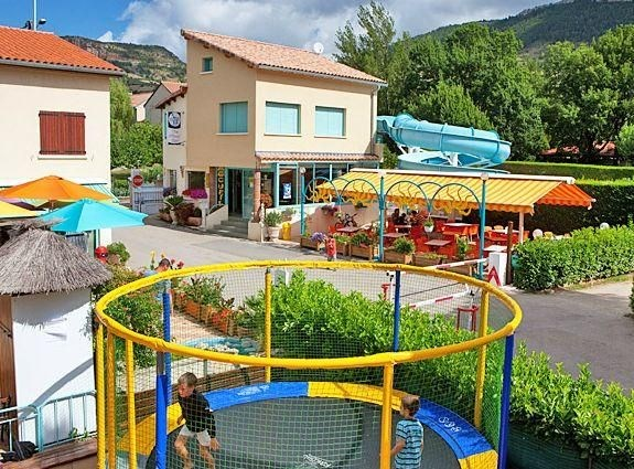Camping Les Peupliers, 113 emplacements, 17 locatifs