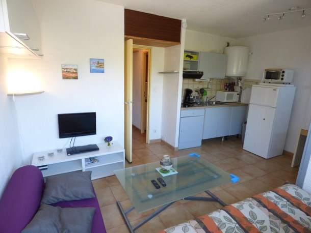 Location vacances Saint-Mandrier-sur-Mer -  Appartement - 3 personnes - Télévision - Photo N° 1