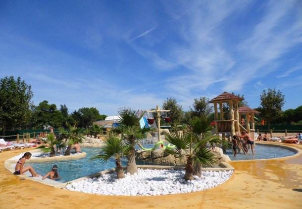 Location vacances Sainte-Marie-la-Mer -  Maison - 5 personnes - Table de ping-pong - Photo N° 1