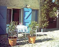 Holiday rentals L'Isle-sur-la-Sorgue - House - 4 persons - BBQ - Photo N° 1
