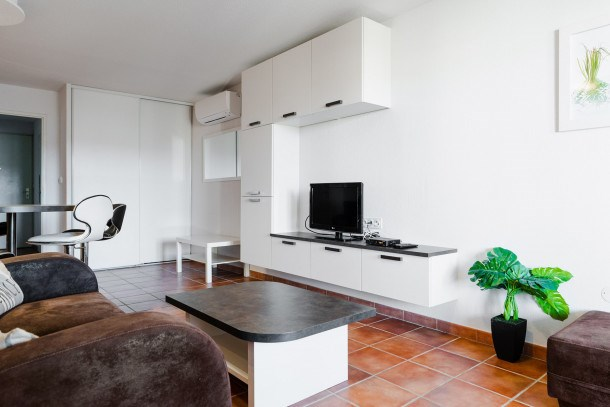 Location vacances Narbonne -  Appartement - 5 personnes - Télévision - Photo N° 1