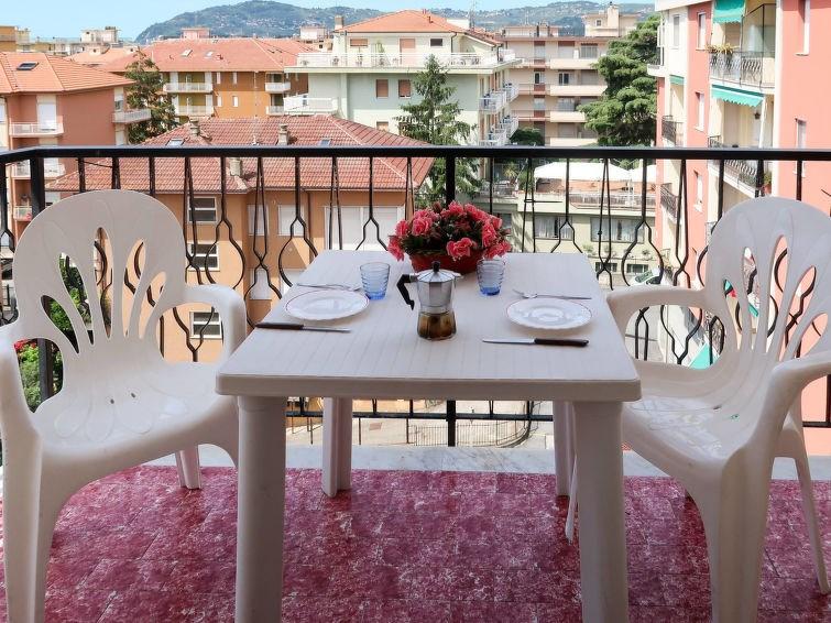 Location vacances San Bartolomeo al Mare -  Appartement - 4 personnes -  - Photo N° 1