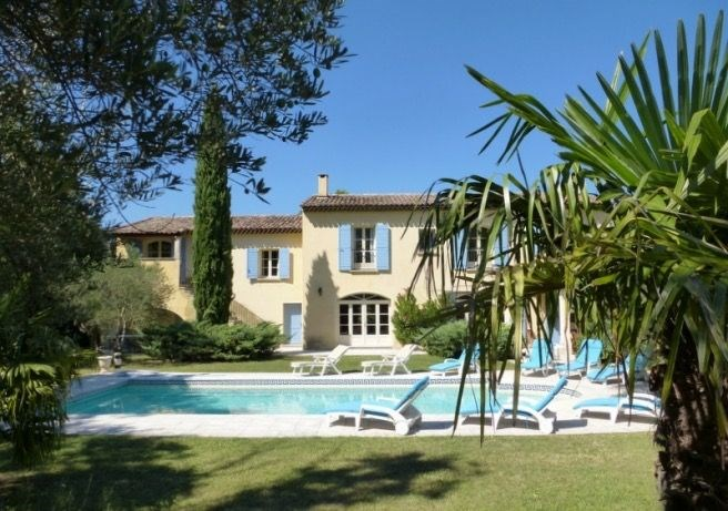 Le Mas de Caroline est un mas qui a été superbement rénové, situé à Saint-Rémy-de-Provence (Les Alpilles, Provence-Al...