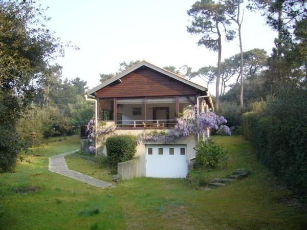 A Bourgenay, maison dans les pins très agréable.