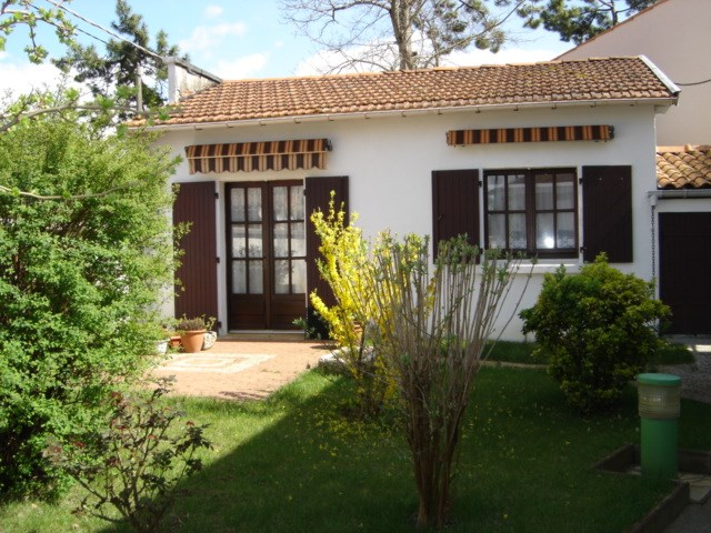 A Ronce les Bains Maison d'env. 45m² avec jardin clos et privé