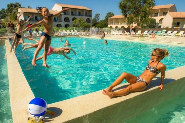 Location vacances Linguizzetta -  Appartement - 6 personnes - Télévision - Photo N° 1