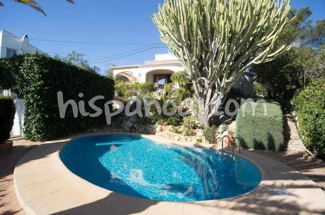A louer jolie villa pour 6 avec piscine privée à Javea, costa blanca  acuar