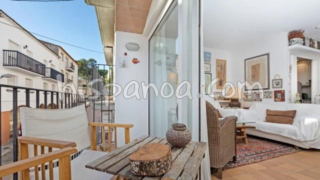 Holiday rentals Palafrugell - Apartment - 4 persons - Garden furniture - Photo N° 1