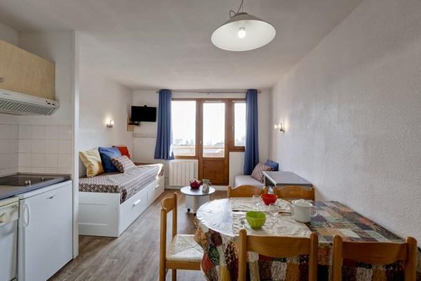 Location vacances La Perrière -  Appartement - 4 personnes - Télévision - Photo N° 1