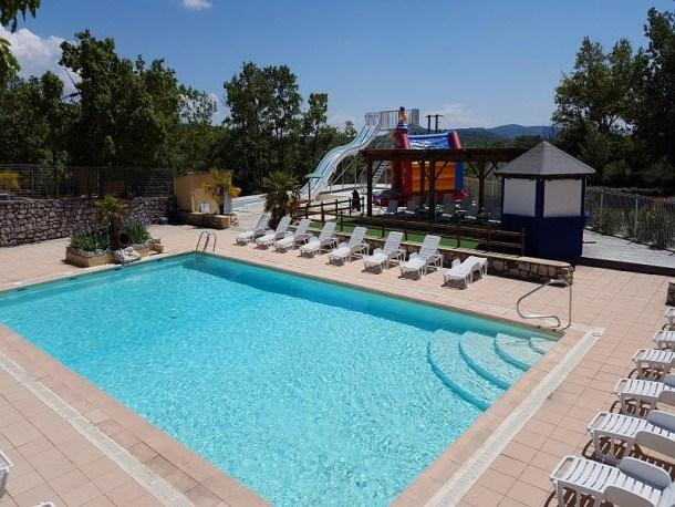 Flower Camping l'Epi Bleu - Chalet ECO 35m² (2 chambres) - terrasse incluse 10m²