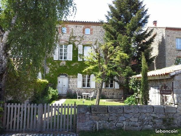 Location vacances La Chapelle-sur-Usson -  Maison - 10 personnes - Barbecue - Photo N° 1