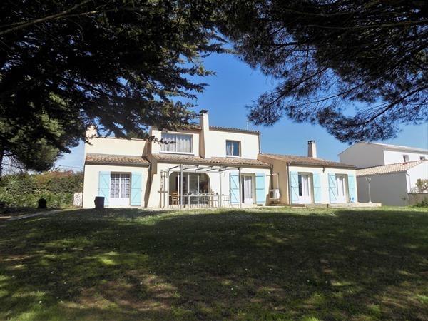 Location vacances Saint-Palais-sur-Mer -  Maison - 10 personnes - Terrasse - Photo N° 1