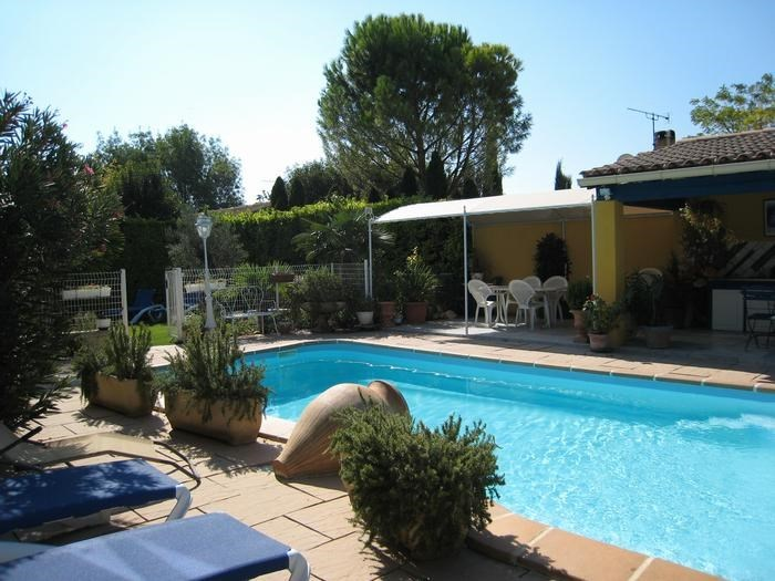Appartement pour 5 pers. avec piscine, L'Isle-sur-la-Sorgue