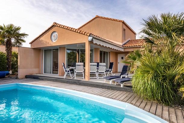 Location vacances Les Sables-d'Olonne -  Maison - 8 personnes - Court de tennis - Photo N° 1