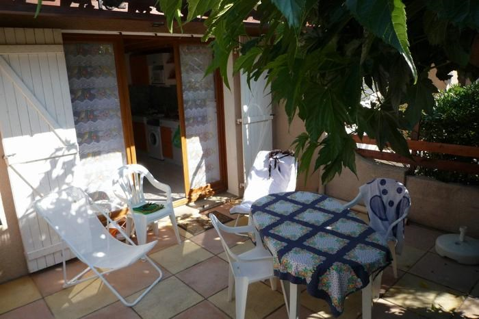 Holiday rentals Gruissan - House - 5 persons - Garden furniture - Photo N° 1