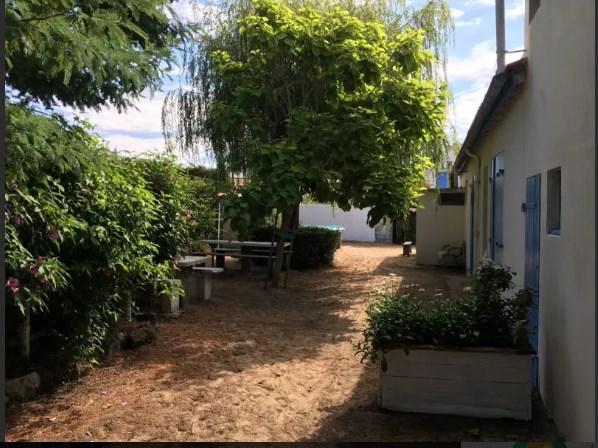 Location vacances Barbâtre -  Maison - 5 personnes - Barbecue - Photo N° 1