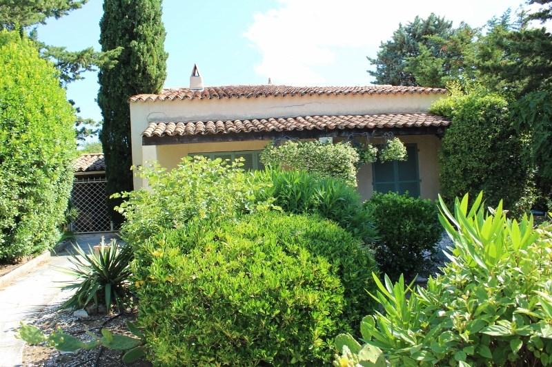 Location vacances La Croix-Valmer -  Maison - 6 personnes -  - Photo N° 1
