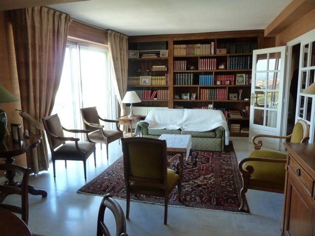 vente appartement perpignan appartement 145m 159000. Black Bedroom Furniture Sets. Home Design Ideas