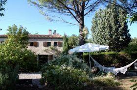 Alquileres de vacaciones Ginasservis - Alojamiento y desayuno - 5 personas - Jardín - Foto N° 1