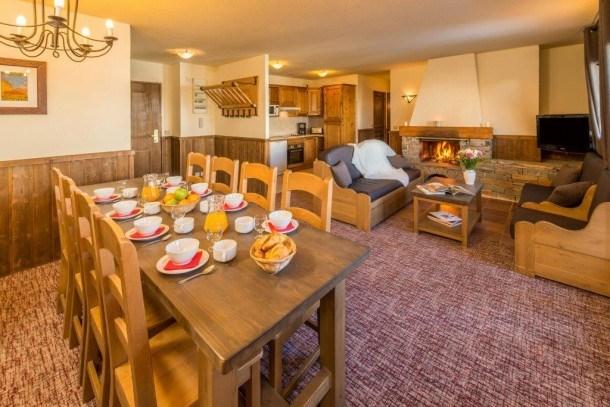 Chalet Altitude 2000 - Appartement 14/16 personnes