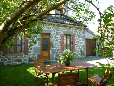 Holiday rentals Pleaux - Cottage - 6 persons - BBQ - Photo N° 1