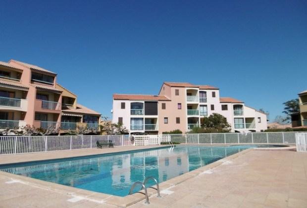 Appartement T2 cabine - loggia ouverte - piscine 4 personnes LE BARCARES.