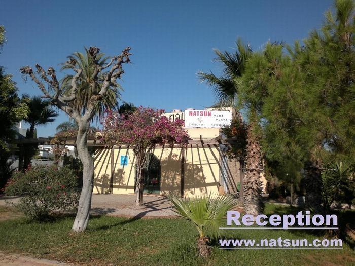 Location vacances Vera -  Appartement - 4 personnes - Jardin - Photo N° 1