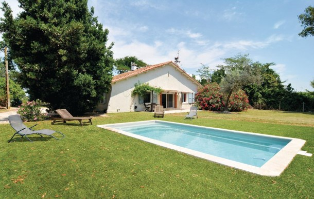 Location vacances Arles -  Maison - 8 personnes - Barbecue - Photo N° 1