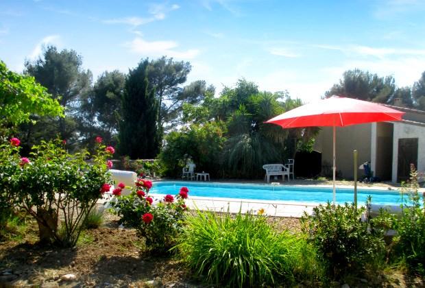 Location vacances Le Castellet -  Appartement - 6 personnes - Barbecue - Photo N° 1
