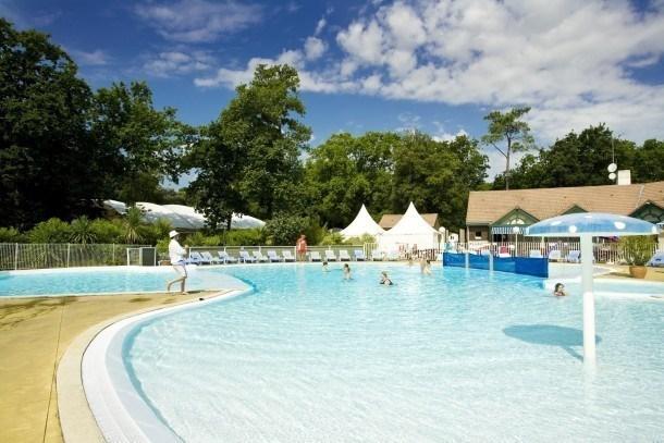 Location vacances Saint-Brevin-les-Pins -  Maison - 8 personnes - Salon de jardin - Photo N° 1