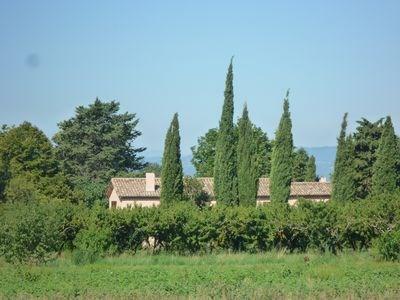 Gîte dans belle demeure familiale, son jardin et sa piscine privée.