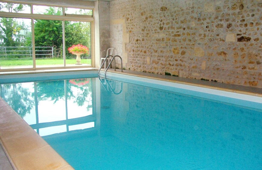 piscine intrieure chauffe - Location Gite Avec Piscine Couverte