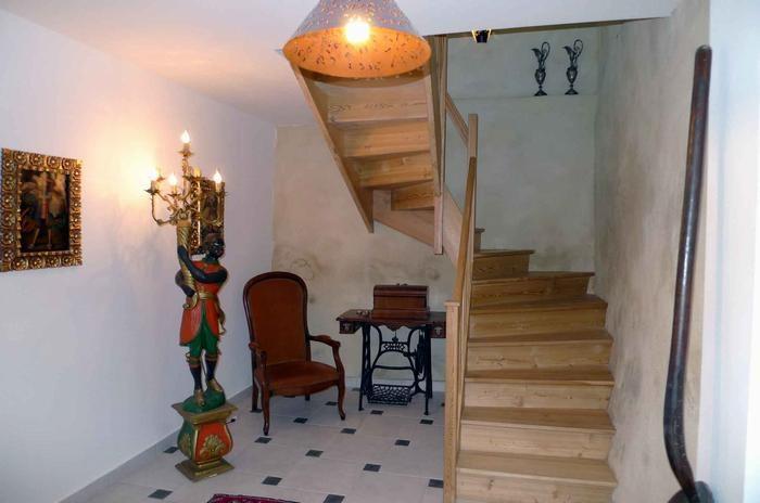 Location vacances Caunes-Minervois -  Appartement - 6 personnes - Salon de jardin - Photo N° 1