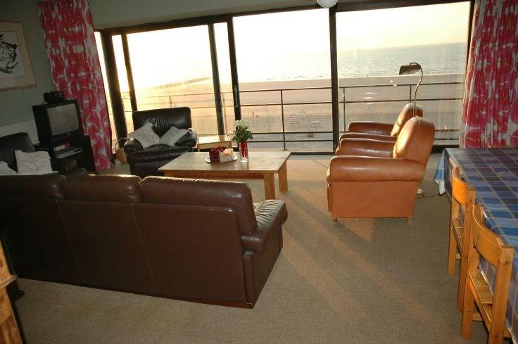 Grand appartement tout comfort vue sur mer de 7,5 m large